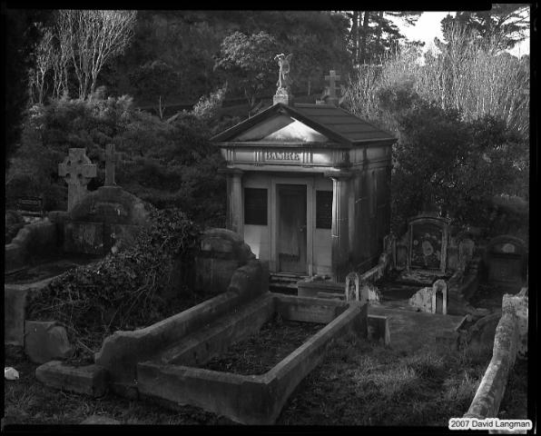 Mausoleum Basire, Wellington 2005